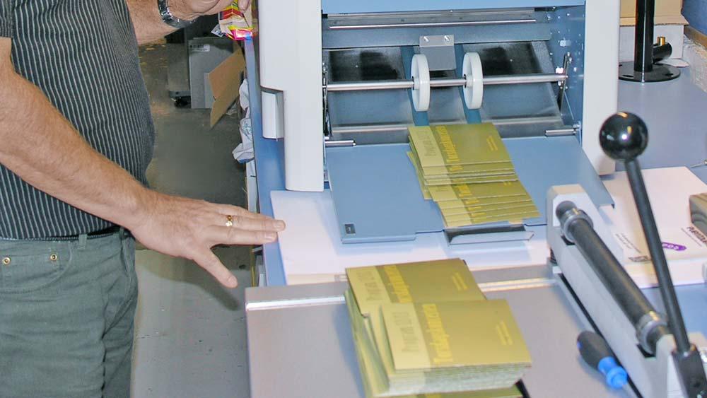 print maskine i færd med at printe
